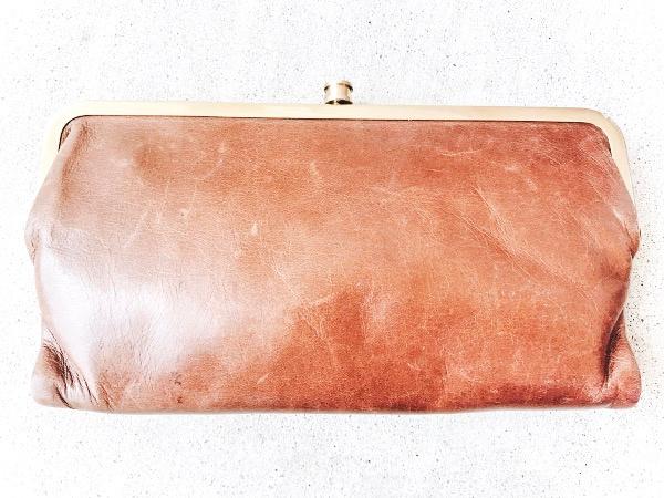 style on a budget, how i keep my purse organized, how to organize my purse, purse organization, north carolina blogger, mom blogger