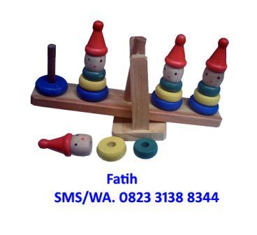 Mainan Anak Kayu Clown Stacking Balance