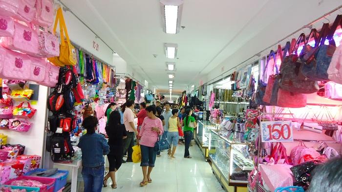 Essentialismo Divisoria The Bargain Shopping Mecca Of Phili