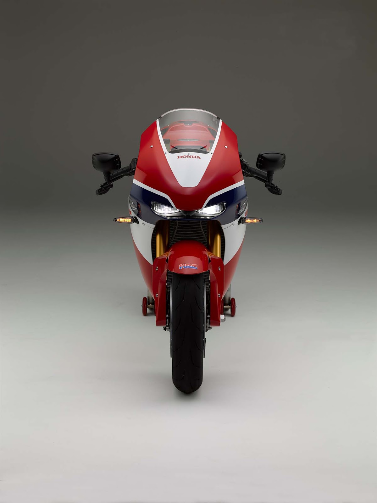 oddbike guest post the honda rc213v s what 39 s the point. Black Bedroom Furniture Sets. Home Design Ideas