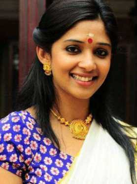 Nyla Usha Wiki, Height, Weight, Age, Husband, Family and Biography