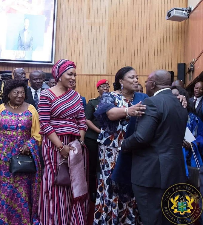 Akufo-Addo's presidential kiss with wife Rebecca Akufo-Addo
