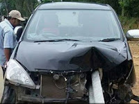 Mudik Berdarah! Besi Pembatas Jalan Tembus Innova, Dua Penumpang Tewas Secara Tragis