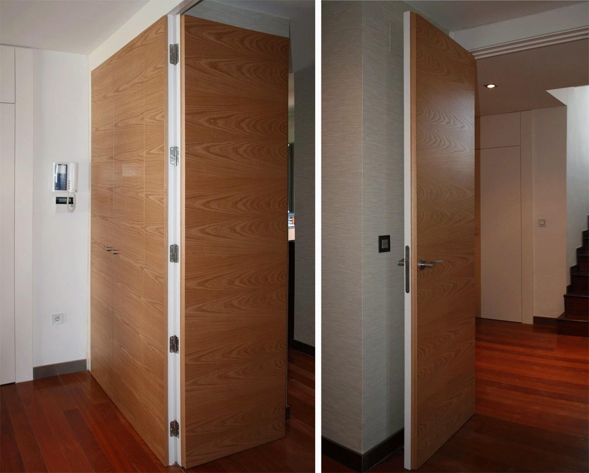 Puertas de madera de suelo a techo espacios en madera for Puerta de madera con marco