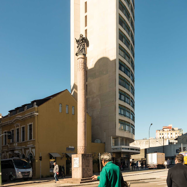 Memorial a Nossa Senhora da Luz dos Pinhais