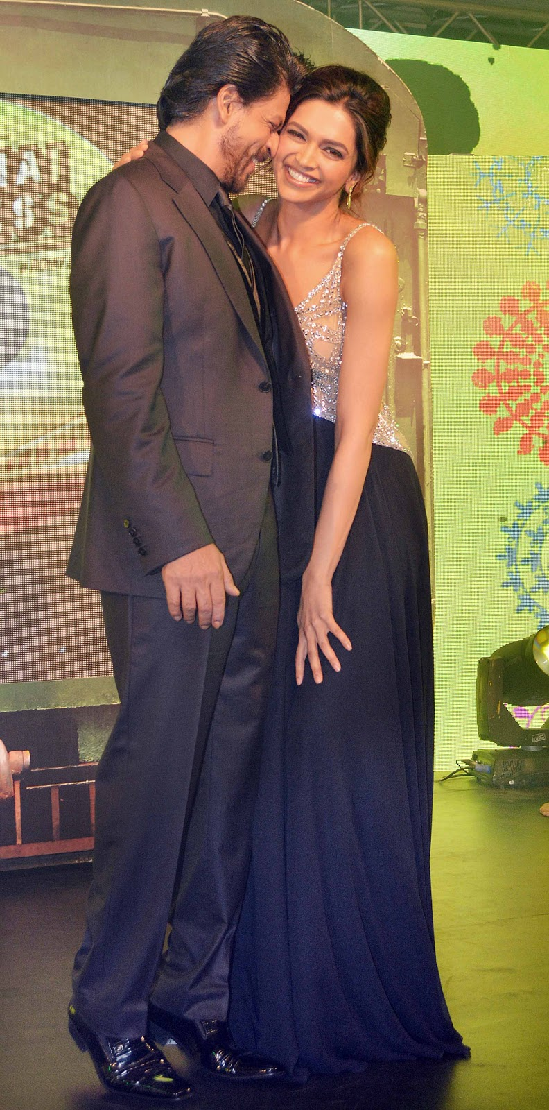 Shahrukh Khan, Deepika Padukone at the music launch of ...