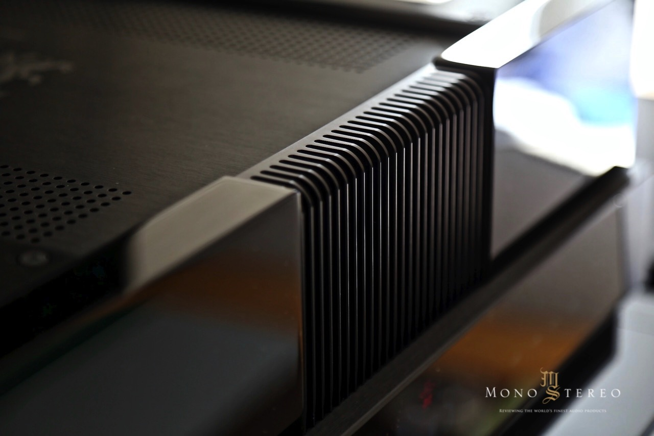 mono and stereo high end audio magazine gryphon diablo 300 integrated amplifier review. Black Bedroom Furniture Sets. Home Design Ideas