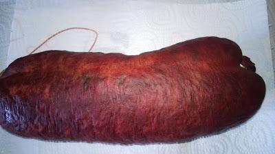 1 ganze Rotwurst
