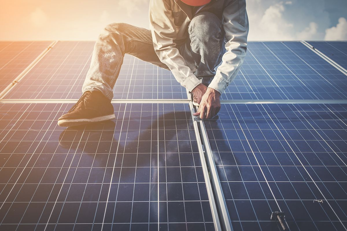 Why Should Homeowners In Zimbabwe Go The Solar Way?