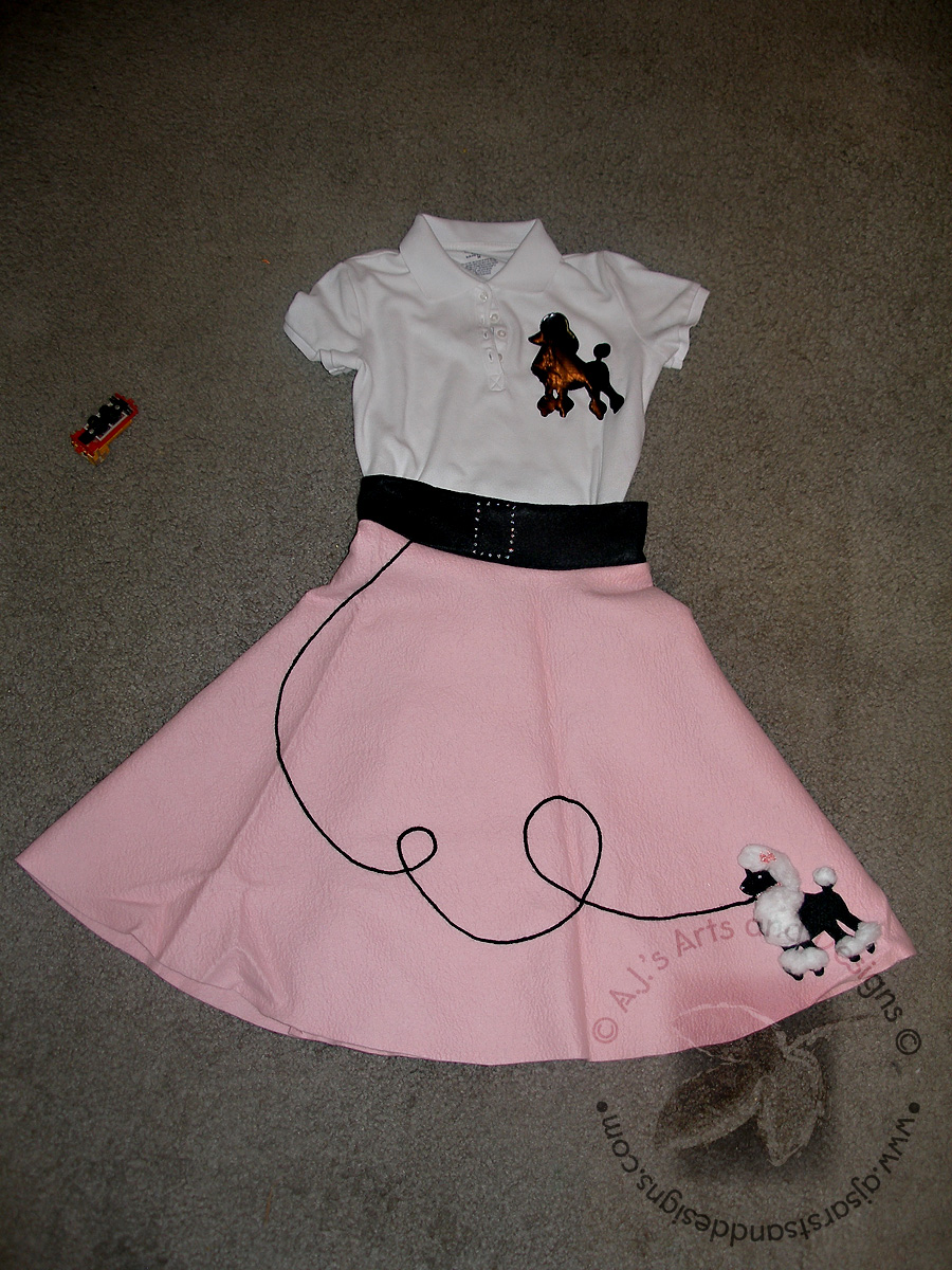 50s Day Poodle Skirt And Saddle Shoes How To