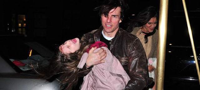 Σούρι, η κόρη του Τομ Κρουζ έγινε ένα τέρας; [photos]