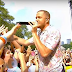 "Imagine Dragons  toca single ""Thunder"" em programa de TV"