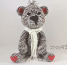 http://translate.google.es/translate?hl=es&sl=auto&tl=es&u=http%3A%2F%2Fwww.bhookedcrochet.com%2F2015%2F01%2F02%2Fcrochet-teddy-bear-pattern%2F