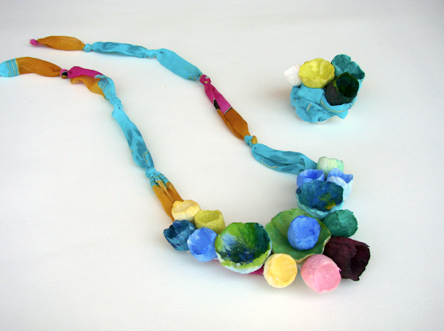 maxi collana con fiori di carta e tessuto, multicolor stile boho chic