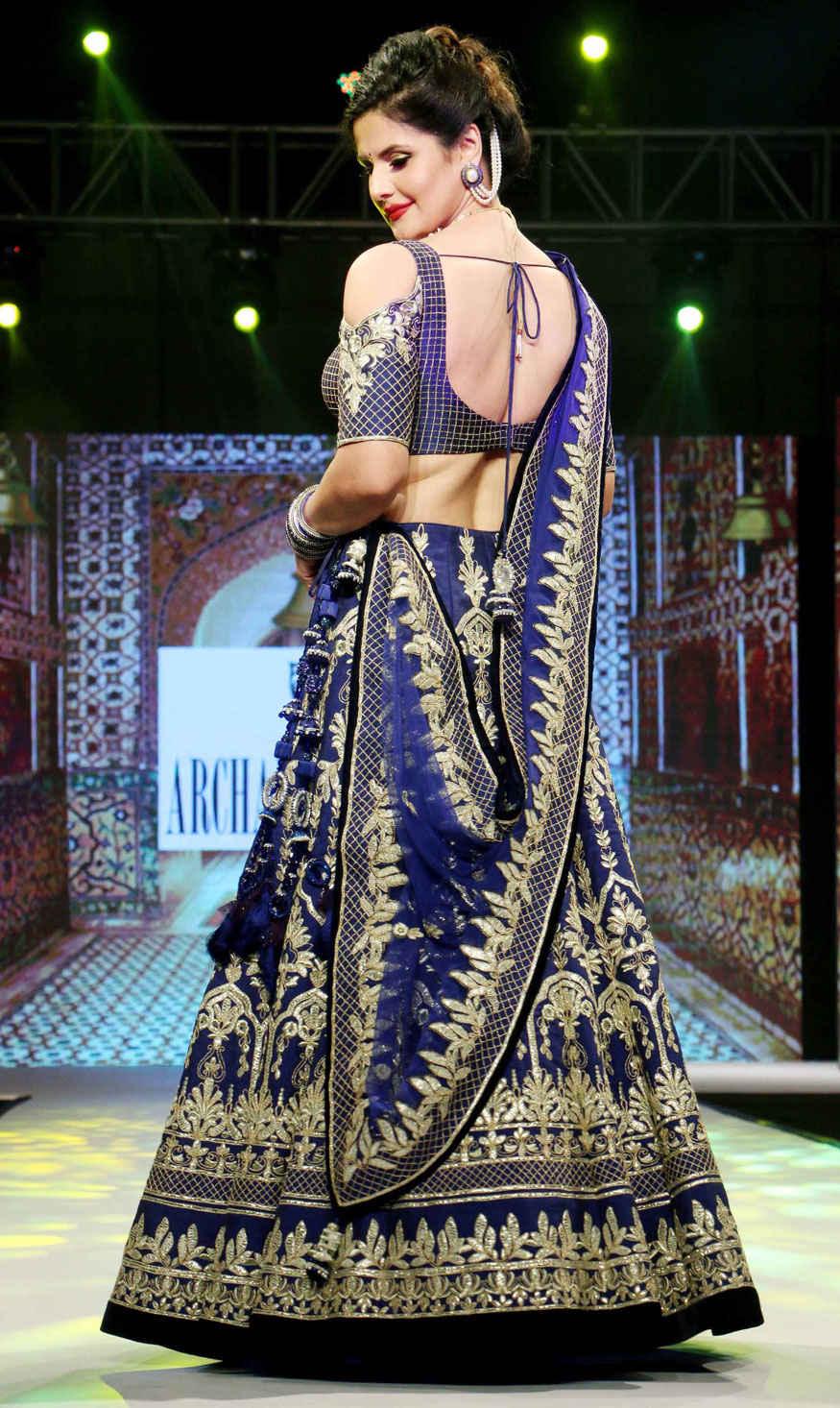 Zareen Khan, Sangeeta Bijlani at Archana Kochhar's Fashion Show