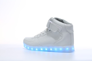 https://www.flashshoes.com/collections/men/products/a40-led-shoes-high-top-white