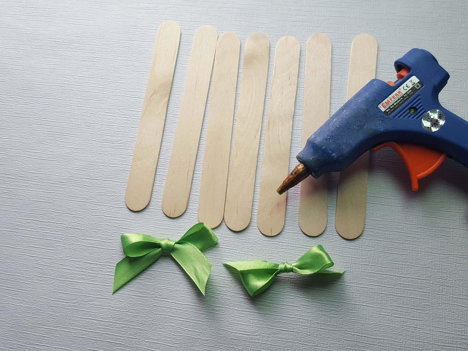Manualidades herme como hacer servilleteros con palitos - Cosas para hacer con palitos de helado ...