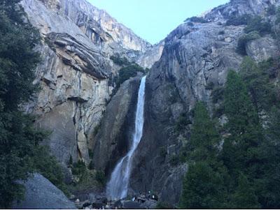 Roadtrip USA - on the road again - Yosemite cascade