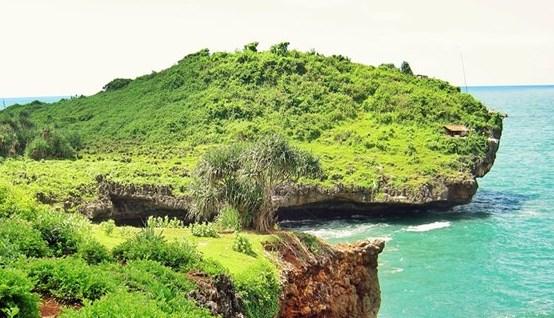 Pantai Kesirat Gunung Kidul Yogyakarta