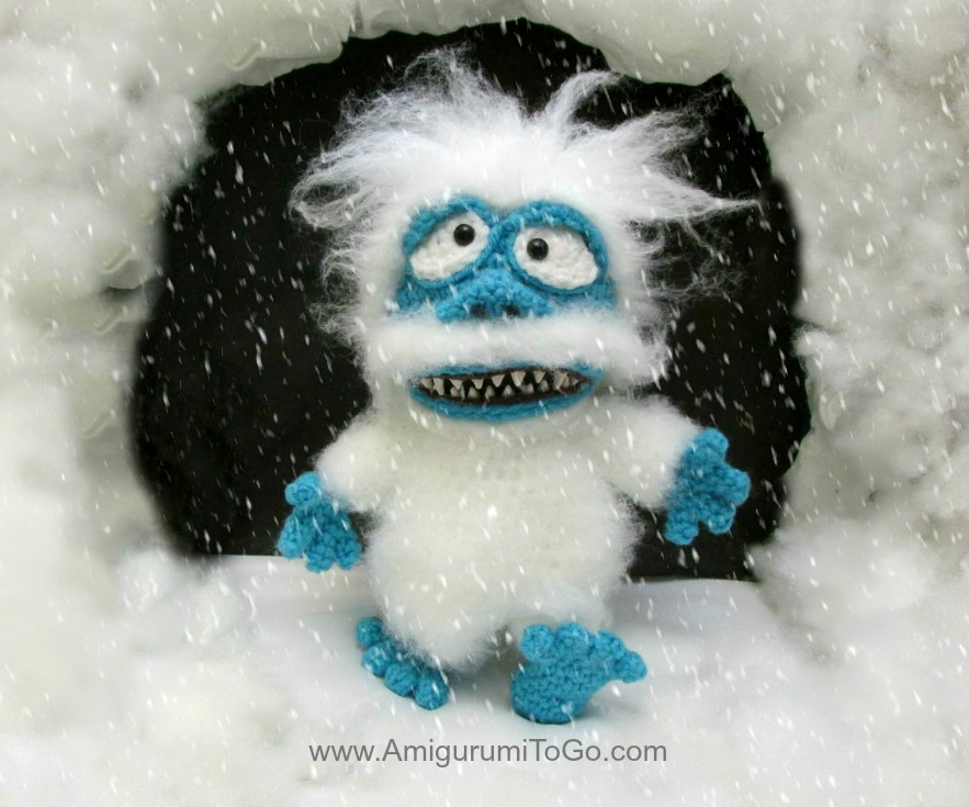 amigurumi snow monster