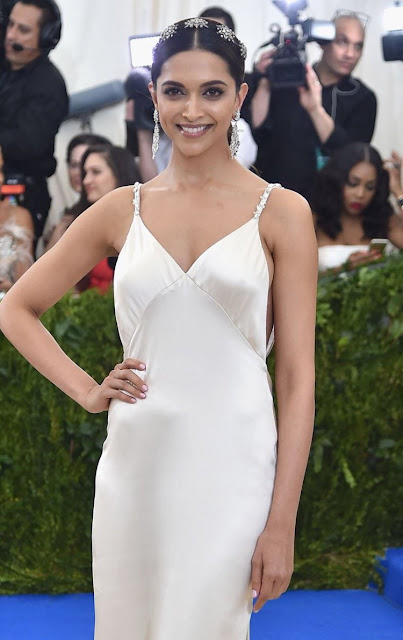 The beautifuldeepika padukone at the MET Gala 5