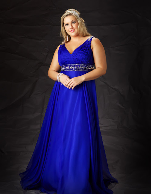Shop for the Best Plus Size Dresses For Women