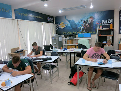 PADI IDC on Phuket, Thailand for September 2016 has started
