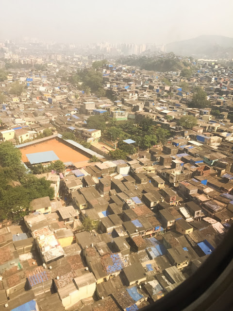 Mumbai din avion, India