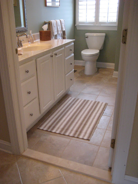 Guest Bathroom with new tiles - 10 tips for tiling a floor