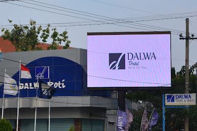 DALWA TOUR AND TRAVEL LAIN DARI PADA YANG LAIN