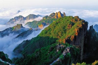 เขาซงซาน (Mount Song: Song Shan) @ www.chinatours.de
