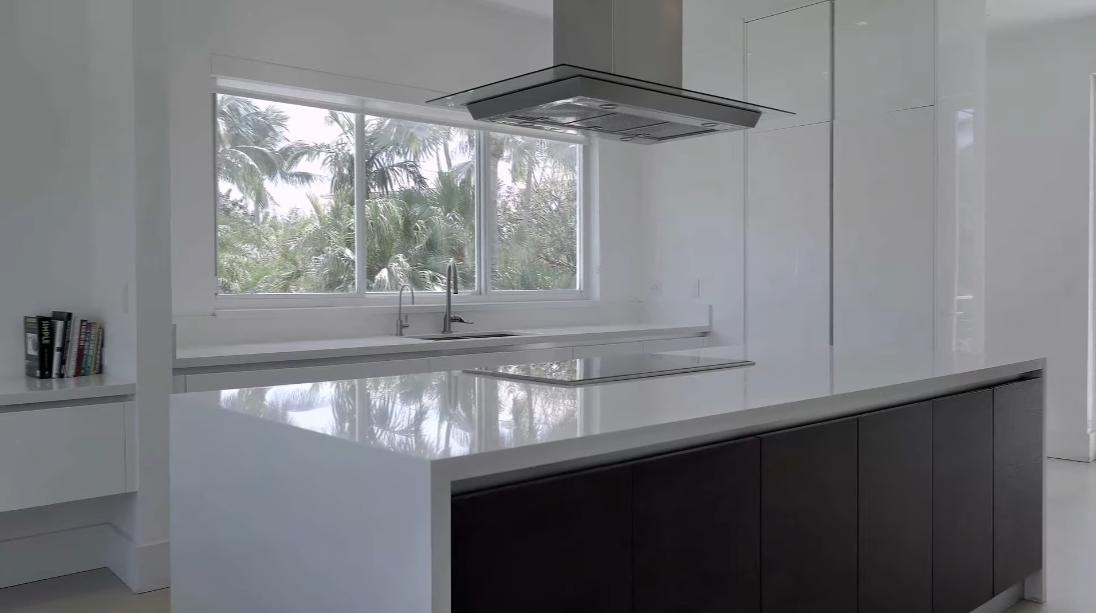 33 Interior Design Photos vs. 481 S Mashta Dr, Key Biscayne, FL Luxury Home Tour