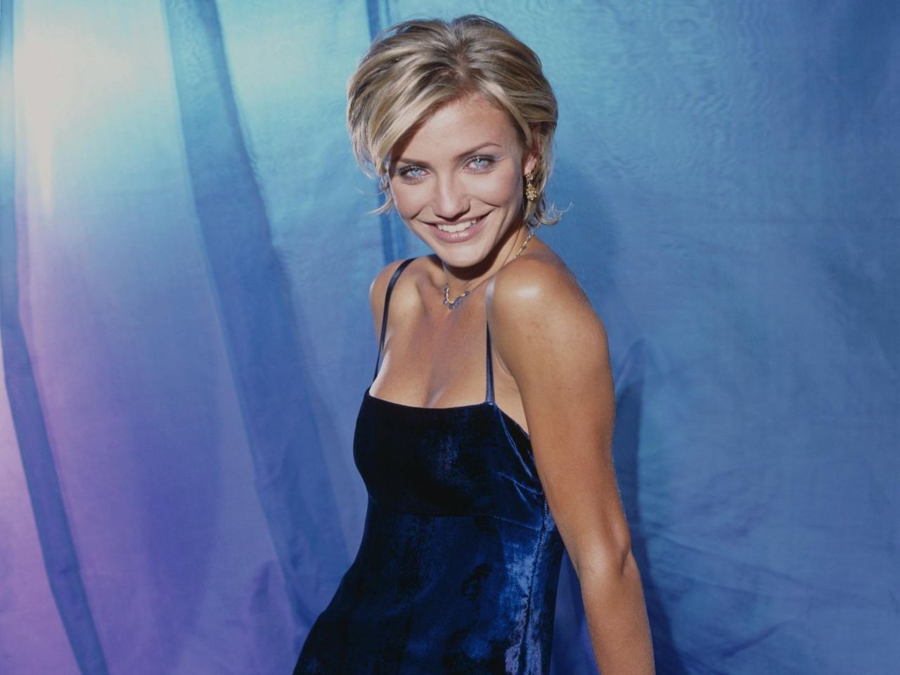 Girl Mask Wallpaper Cameron Diaz Wallpapers The Sexy Pictures