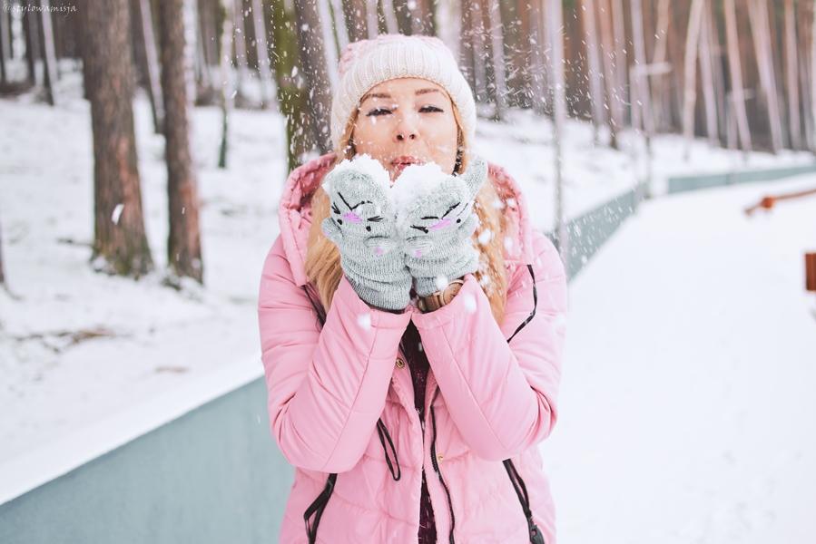 moda, róż, różowy, emu, czasnabuty.pl, czapka, ombre, rękawiczki, szaleo, zima, kurtka, Butik, jeansy, plecak, Dedicante, śnieg,