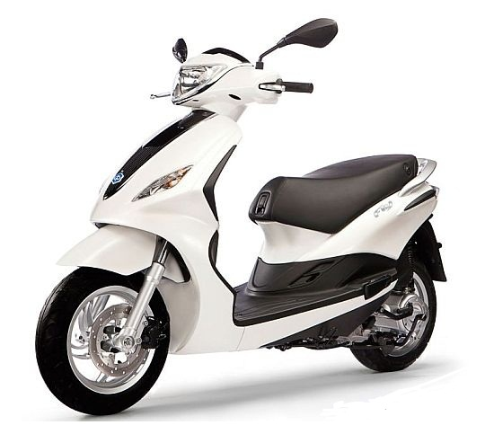 piaggio fly scooter