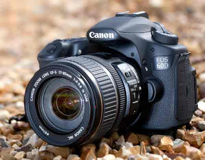 Hambar foto harga kamera Canon EOS 60D