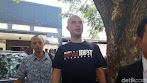 Pakai Kaus 'American Idiot' Saat Pemeriksaan, Ini Alasan Dhani