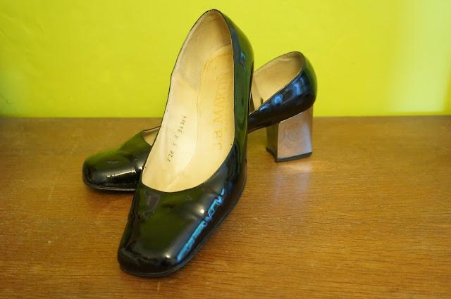 1960s pumps , chunky mirror heels 60s mod
