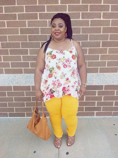 Curvy blogger, sandals, tank, jeggings, faux locs, confidence