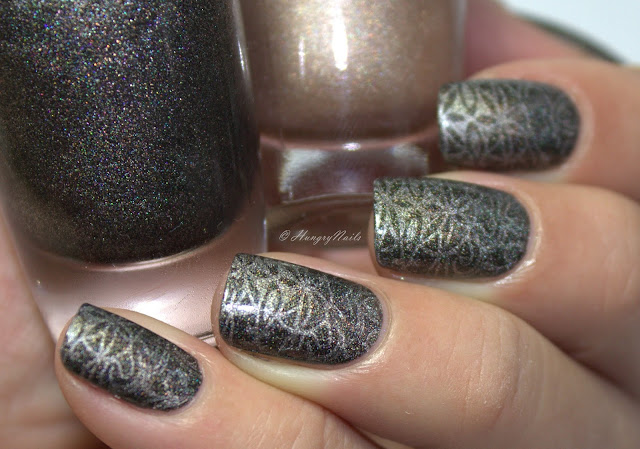 http://hungrynails.blogspot.de/2015/12/rdel-young-hollywood-fever-holos.html