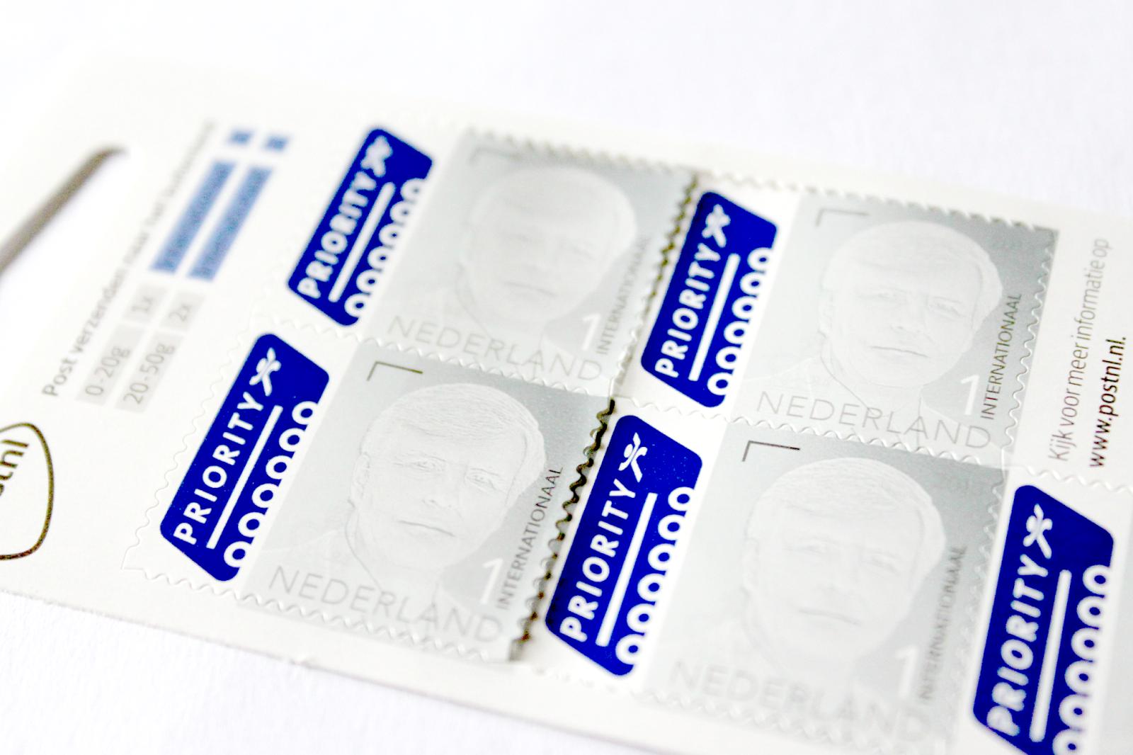 znaczki z holenderskim królem