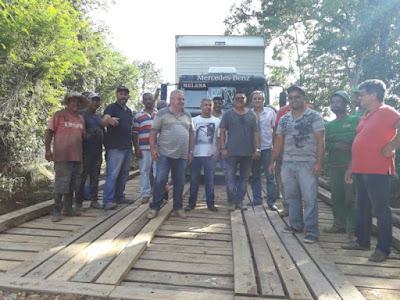 Ponte de Madeira  do bairro Conchal Preto Reconstruída em Tempo Recorde