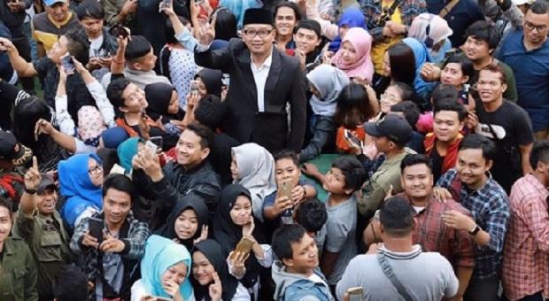 Cagub Jabar No Urut 1 Ridwan Kamil Open House di Rumah Kontrakan