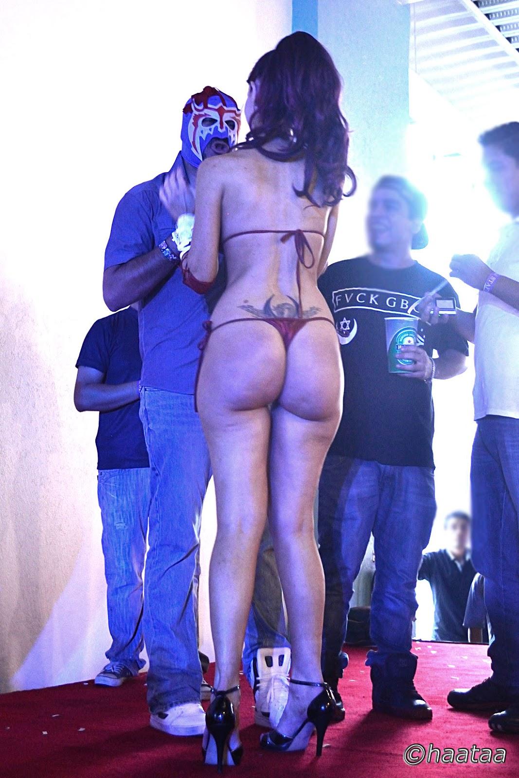 oversized butt
