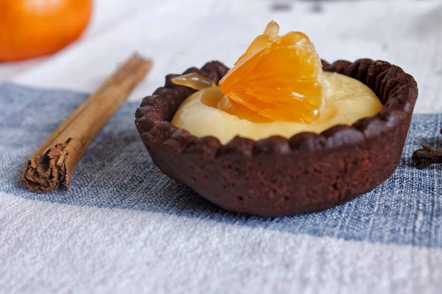 Tartaleta de chocolate con crema de mandarina o mandarin curd