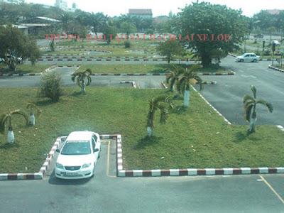 Sân tập lái xe ô tô hạng B2 ở Hà Nội gia 2tr6