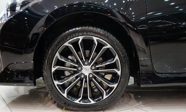 toyota corolla altis 2015 toyota tan cang 8 -  - Đánh giá Toyota Corolla Altis 2014 - Phượng hoàng lột xác