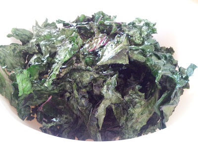 Kale chips in a bowl - yum!