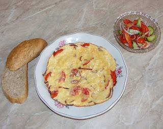 retete mic dejun, omleta, scrob, omleta cu branza si legume, retete culinare, retete de mancare,