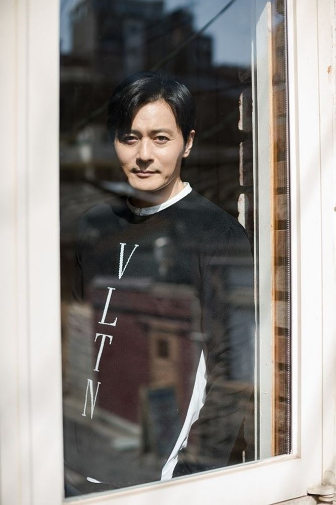 Jang Dong Gun 46 tuổi điển trai phong độ khiến phái nữ say đắm - Ảnh 3